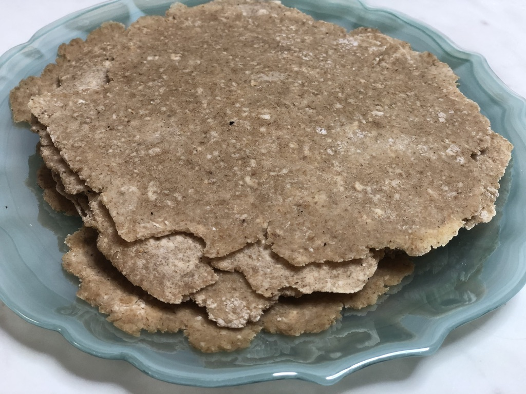Enjoy these oatmeal tortillas with this simple and healthy recipe